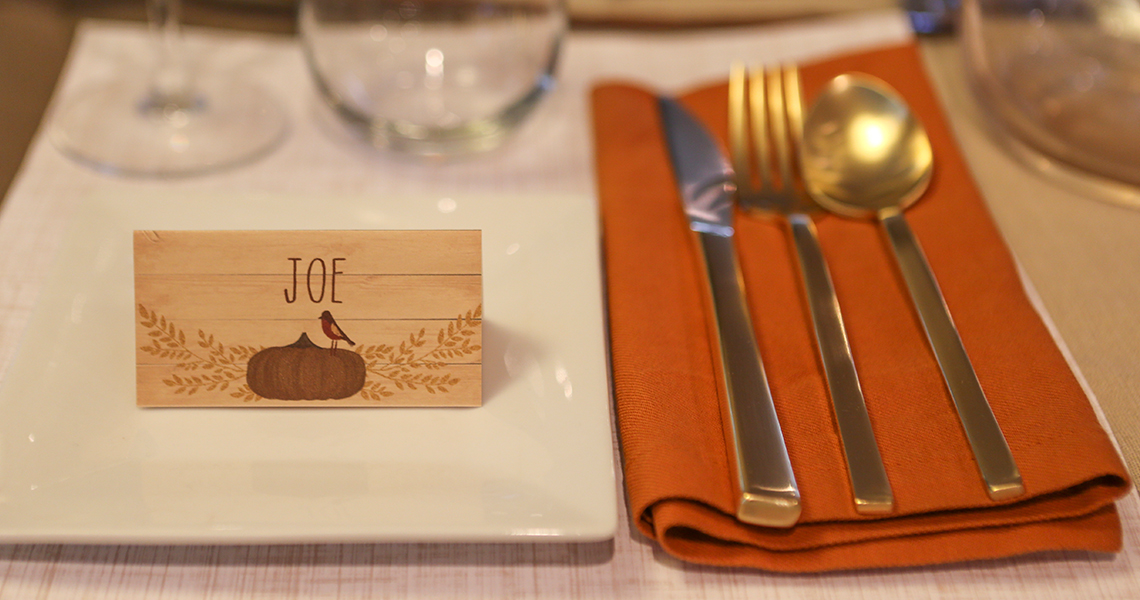thanksgiving custom name place cards